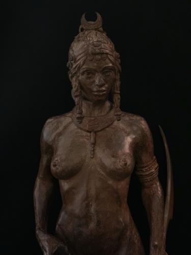 Femme Guerrièresculpture en Bronze